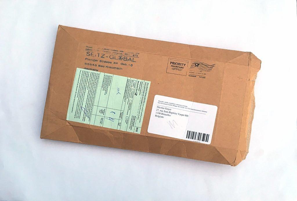 Simple enveloppe en carton